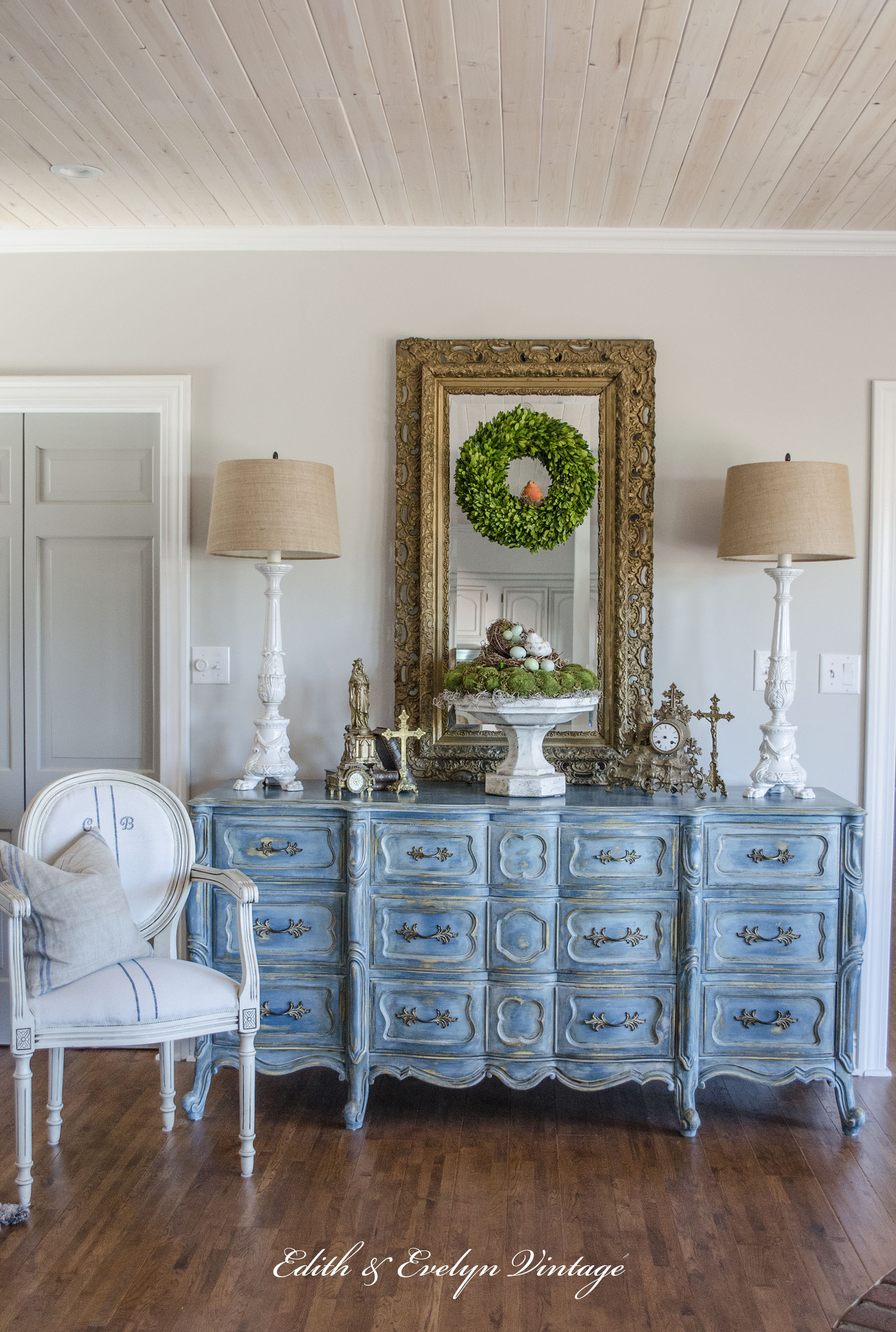 How to Paint a Faux Finish - Cedar Hill Farmhouse