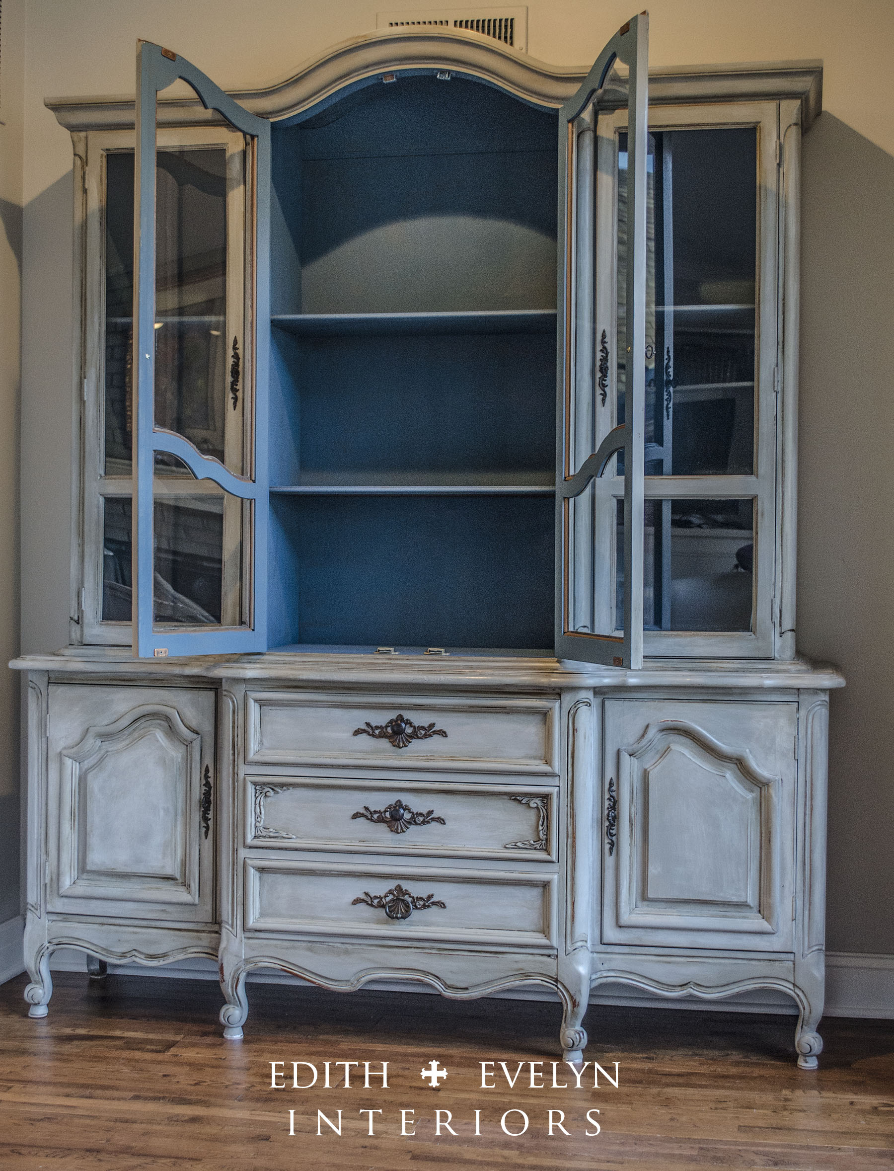 French country china cabinets - French Country China Cabinets 0
